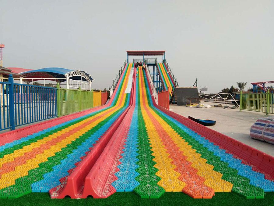 Dry Snow Slide + Rainbow Slide (3)